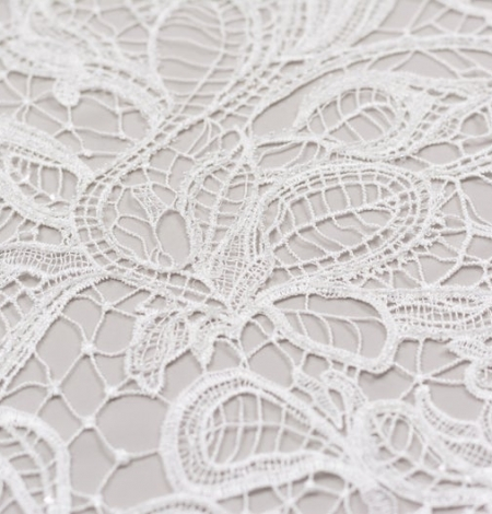 Off white acrame beaded floral lace fabric. . Photo 4