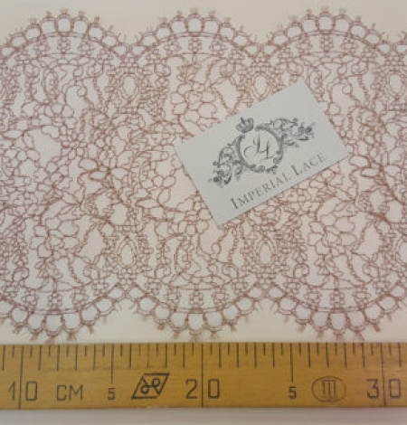 Brown lace trim. Photo 4