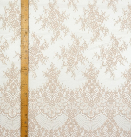 Beige chantilly lace fabric. Photo 7