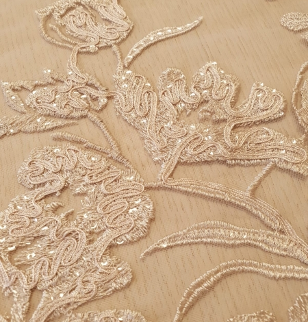 Beige 100% polyester floral pattern embroidery sequins on tulle lace fabric. Photo 6