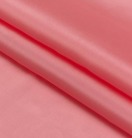 Pink salmon silk lining fabric. Photo 4