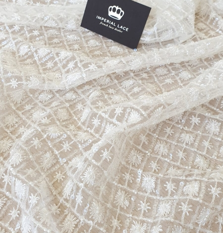 Ivory checkered floral beaded lace fabric. Photo 2