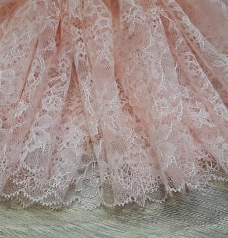 Light Pink Chantilly Lace Trim. Photo 3