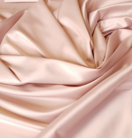 Powder pink satin fabric. Photo 4
