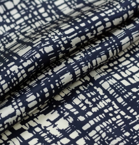 Abstract line pattern silk fabric . Photo 3