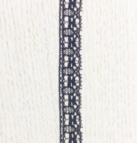 Black figurative thin chantilly lace trimming. Photo 4