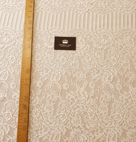 Ecru 100% polyester floral and stripes guipure lace fabric. Photo 10