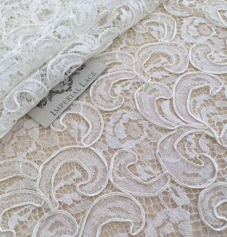 Ivory bridal lace fabric. Photo 6