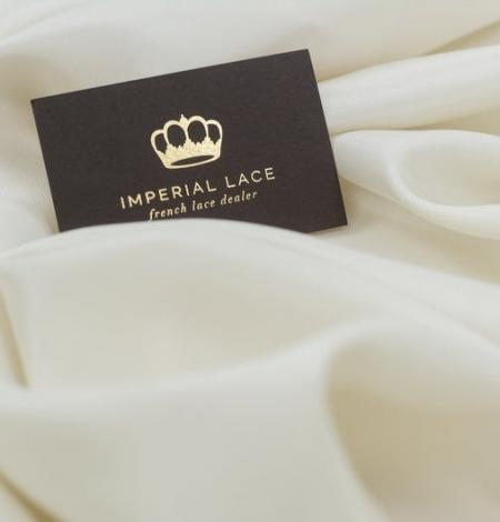 Beige silk lining fabric . Photo 2