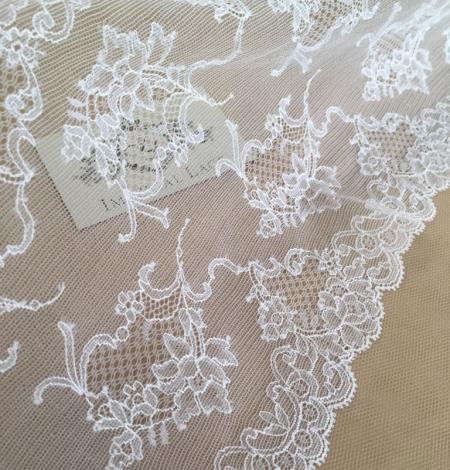 White elastic lingerie lace trim. Photo 2