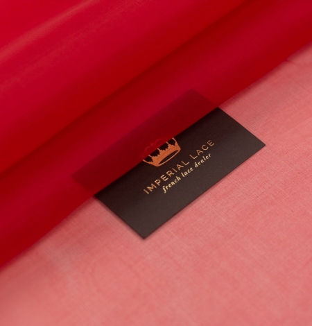 Red silk organza fabric . Photo 1