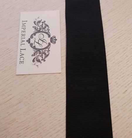 Black rubber ribbon . Photo 4