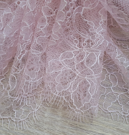 Light pink Lace Trim. Photo 4
