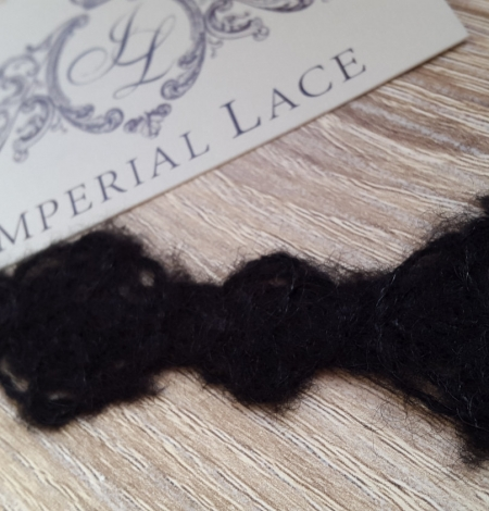 Wool lace trimming black. Photo 1