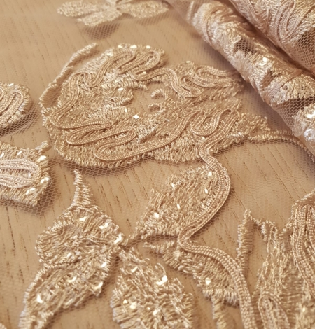 Beige 100% polyester floral pattern embroidery sequins on tulle lace fabric. Photo 3