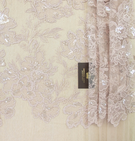 Old rose floral pattern embroidery with sequin on tulle fabric. Photo 7