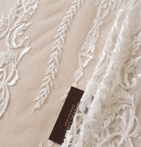 Ivory beaded lace fabric. Photo 1