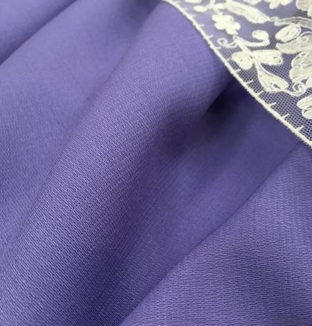 Lilac wool fabric. Photo 3