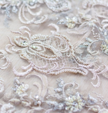 Beige embroidery on tulle fabric. Photo 3