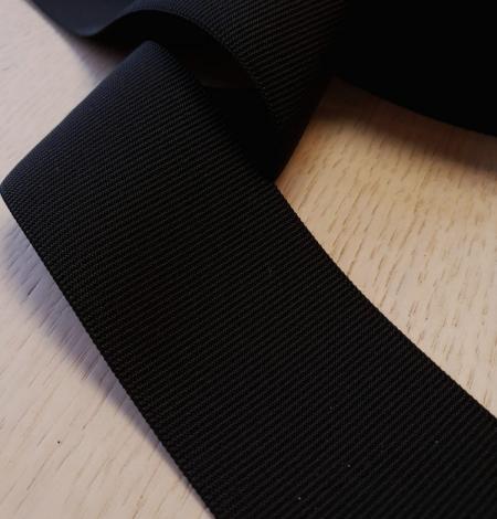 Black rubber ribbon . Photo 1