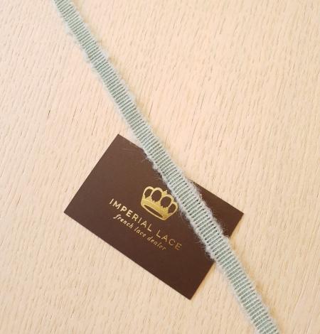 Mint green wool grosgrain ribbon application. Photo 1