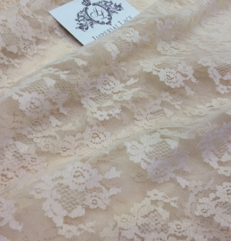 Nude lace fabric. Photo 1