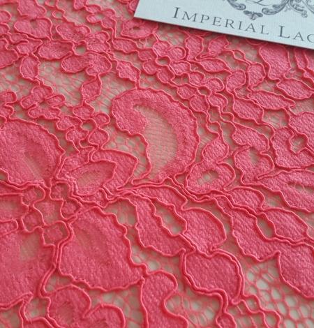 Raspberry alencon Lace Trim. Photo 5