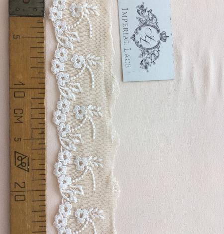 Beige vintage lace trim. Photo 8
