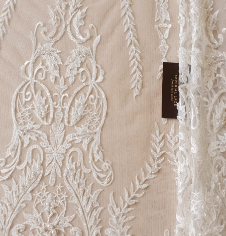 Ivory beaded lace fabric. Photo 5