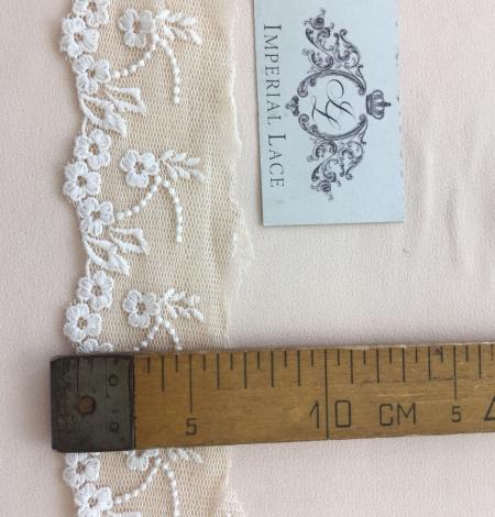 Beige vintage lace trim. Photo 7