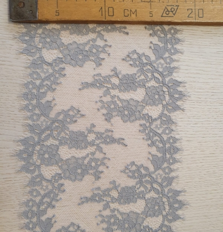 Light grey on peach tulle floral lace trimming. Photo 10