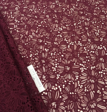 Wine red lace . Photo 7