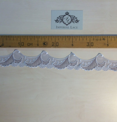 Grey lace trim. Photo 4