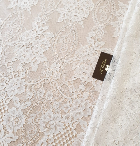 Ivory chantilly lace fabric. Photo 1