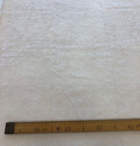 White lace fabric. Photo 9