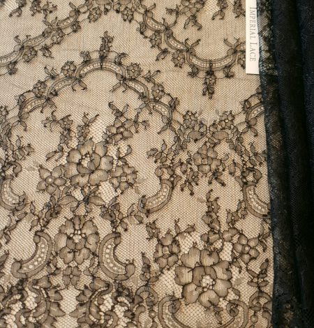 Dark navy lace fabric. Photo 1
