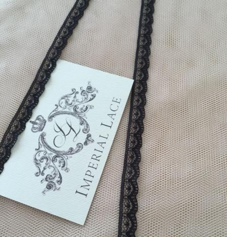 Black Chantilly lace trim. Photo 3
