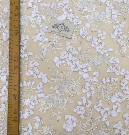 White 3D flowers lace fabric with beads. Photo 4