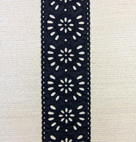 Black floral embroidery on cotton lace trim. Photo 4