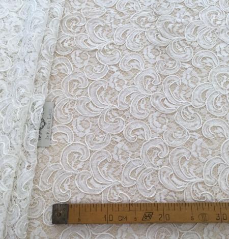Ivory bridal lace fabric. Photo 7