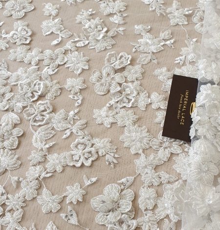 Offwhite 3D beaded lace fabric. Photo 1