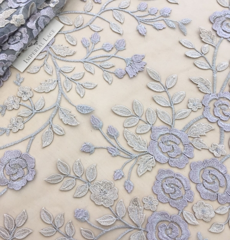 Multicolored 3D lace fabric . Photo 6