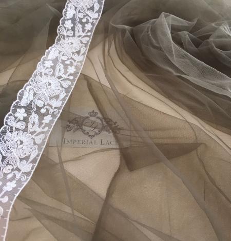Khaki tulle fabric. Photo 5