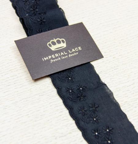 Black floral embroidery on cotton lace trim. Photo 2
