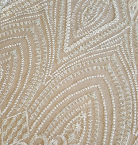 Off white embroidery lace fabric. Photo 3