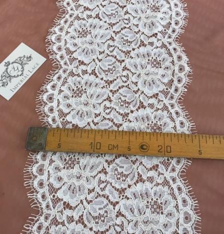 Ecru color guipure lace trim. Photo 2