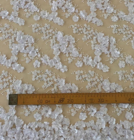 White flowers lace fabric 3D. Photo 4