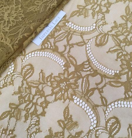 Khaki green lace fabric. Photo 6