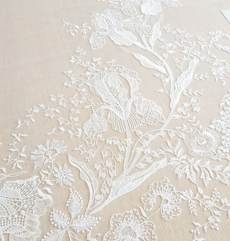 Imperial Lace floral organic embroidery on tulle fabric. Photo 7