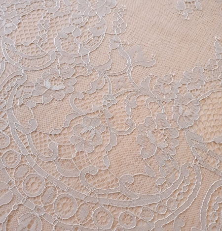 Grey floral pattern chantilly lace fabric. Photo 6